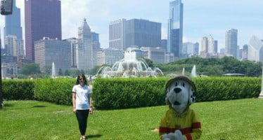 Sparky chats with fans in Chicago about smoke alarms