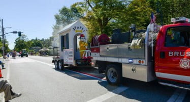 Sparky celebrates town and smoke alarm safety