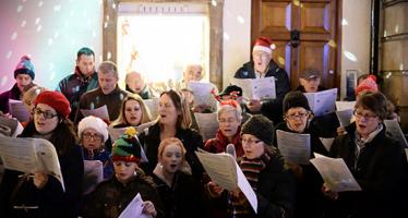 Atención villancicos de Navidad: NFPA coloca giro de rociadores en una melodía navideña