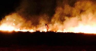 Responsables de l'incendie disent ciel lanterne a commencé 15 acres Wisconsin feu