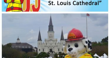 Sparky checks off bucket list item #16: visita St. Catedral de St. Louis en Nueva Orleans